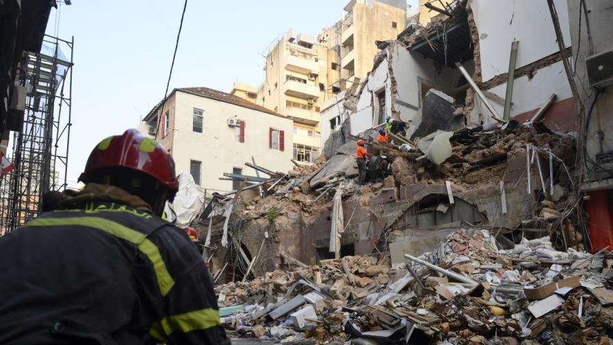 Откриха признаци на живот под развалините в Бейрут