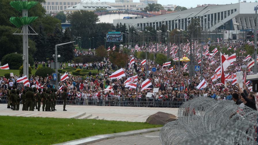 <p>&quot;Ескалират протестът&nbsp;и репресиите срещу протестиращи в Беларус&quot;</p>