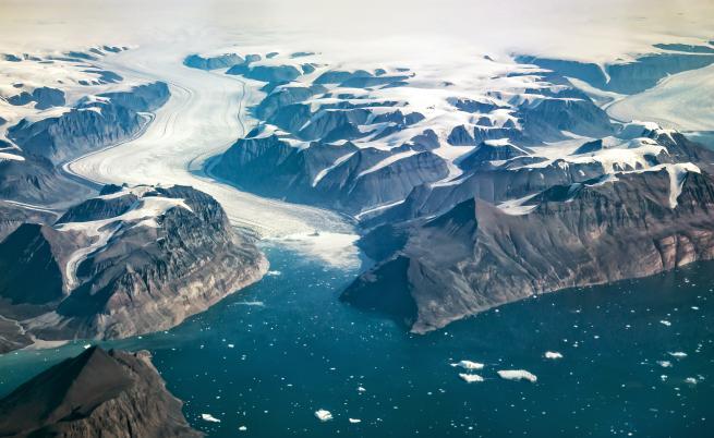 Парче, по-голямо от Париж, се откъсна от най-големия ледник в Гренландия