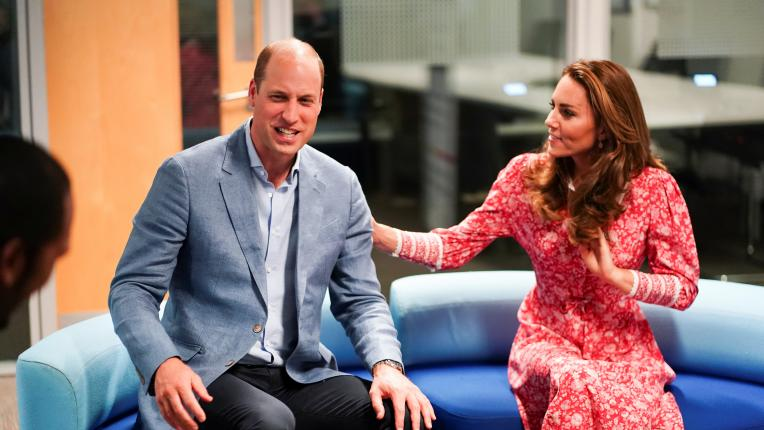 Кейт и Уилям запретват ръкави в Лондон