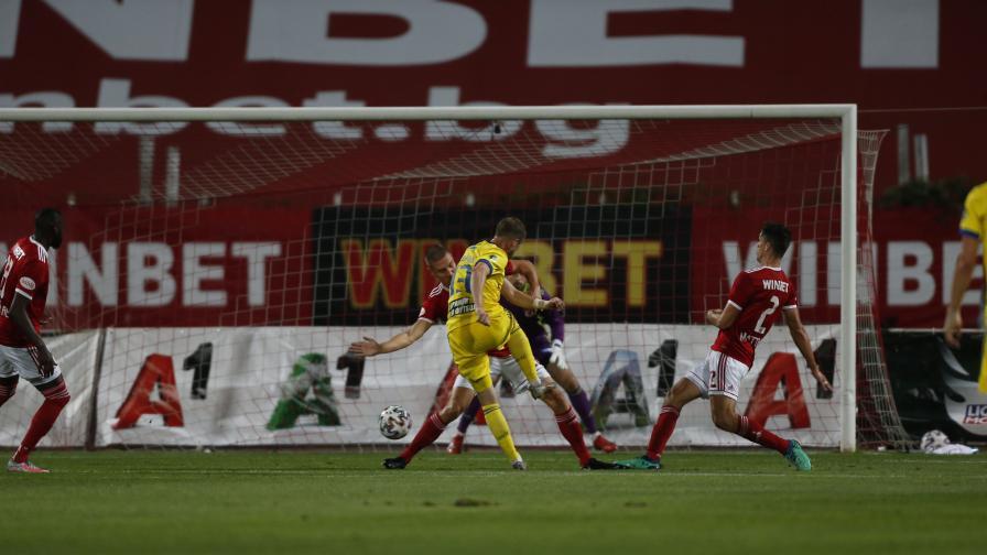 ЦСКА победи БАТЕ Борисов и продължава в Лига Европа