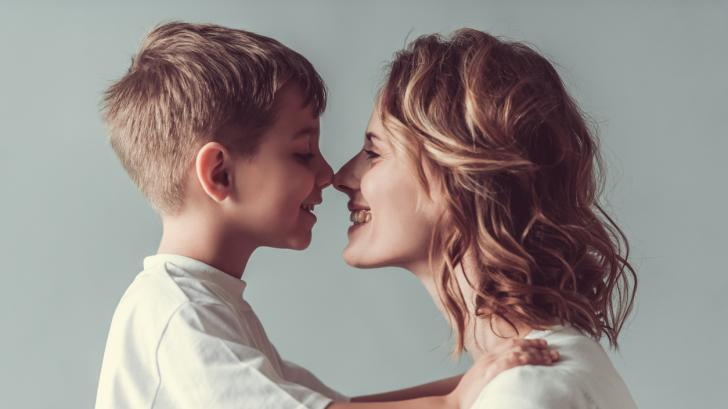 Как една майка превърна умствено изостаналото си дете в гения на века