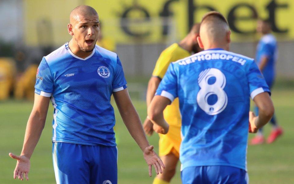 Черноморец пречупи Марица в Пловдив и продължава борбата за Втора лига