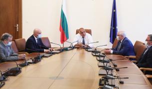 НОЩ отново с брифинги, Борисов: Няма да затваряме градове