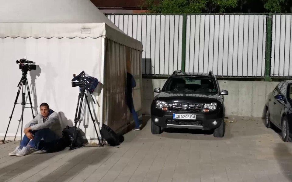 Националният селекционер на България Георги Дерменджиев ще наблюдава на живо