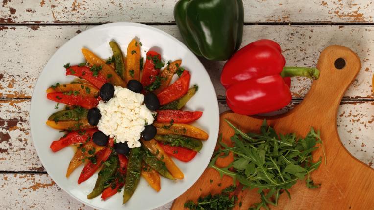 5 есенни салати, които заслужават място на вашата трапеза