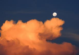 Вече е ясно: на Луната има висока радиация