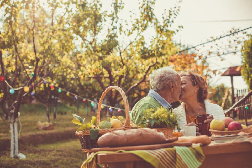 есен влюбени