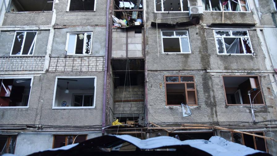 <p>Войната се разгаря, достигна столицата на Нагорни Карабах</p>