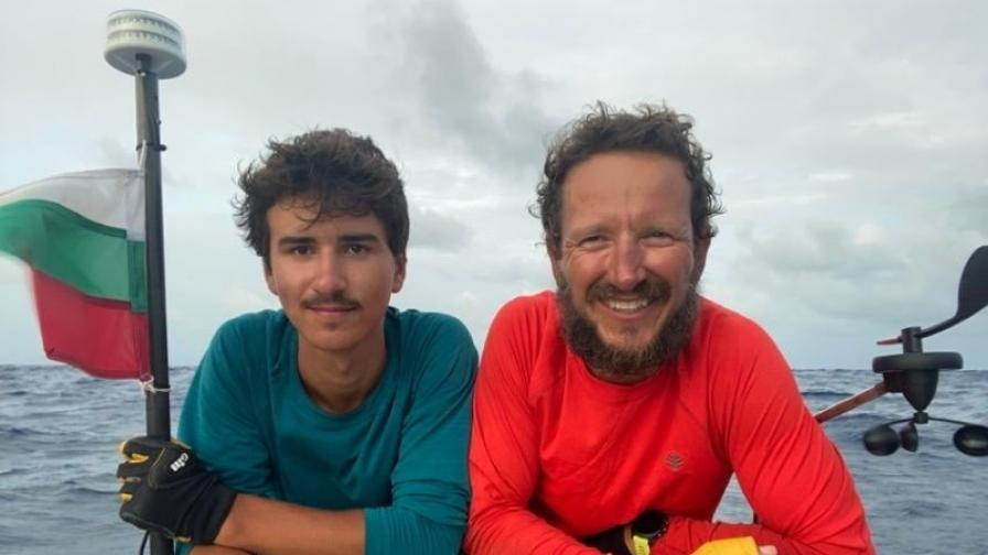 <p>Двама българи успяха след 105 дни в океана!</p>