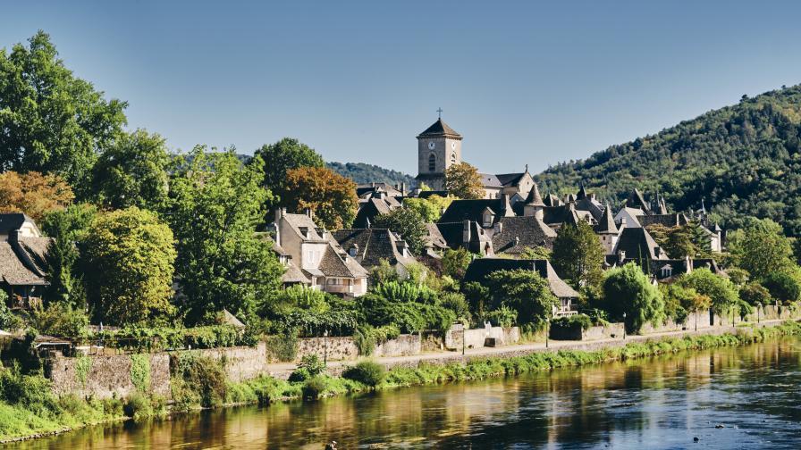 Това древно френско селище е било внезапно изоставено от жителите му