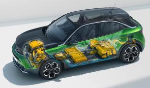 <p>Цените на е-колите и ДВГ ще се изравнят до 3 години</p>