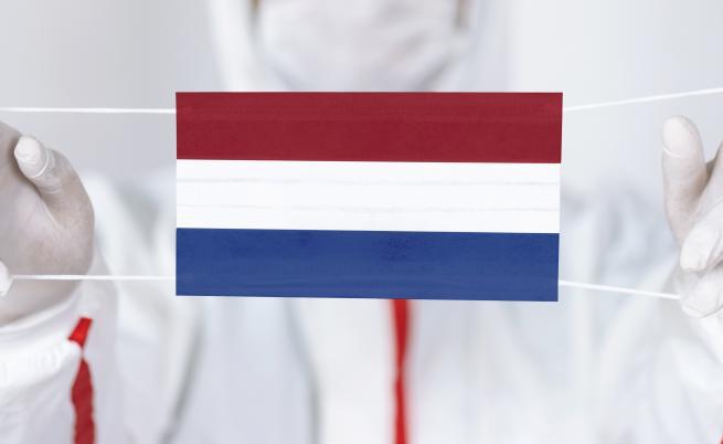 """Нидерландия въвежда """"двойно тестване"""" за идващите от България"""