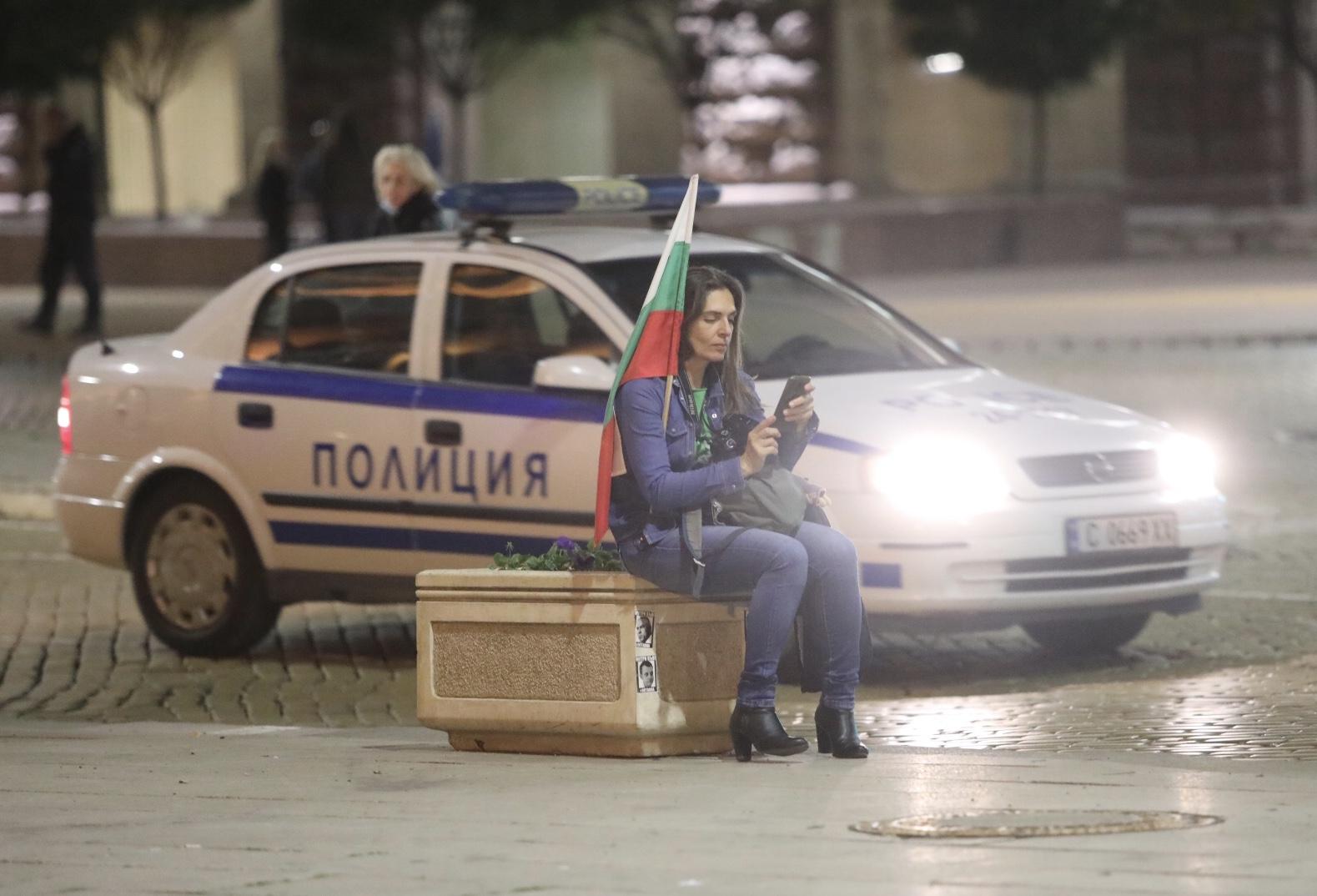 <p>99 вечери на антиправителствени протести</p>