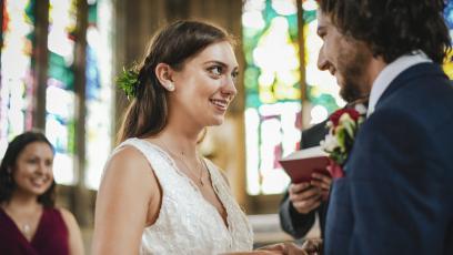 Булка изобличава бъдещия си съпруг пред олтара