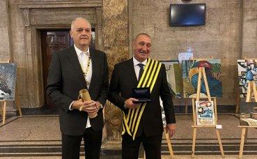 Известният треньор по щанги Пламен Аспарухов стана почетен гражданин на Перник