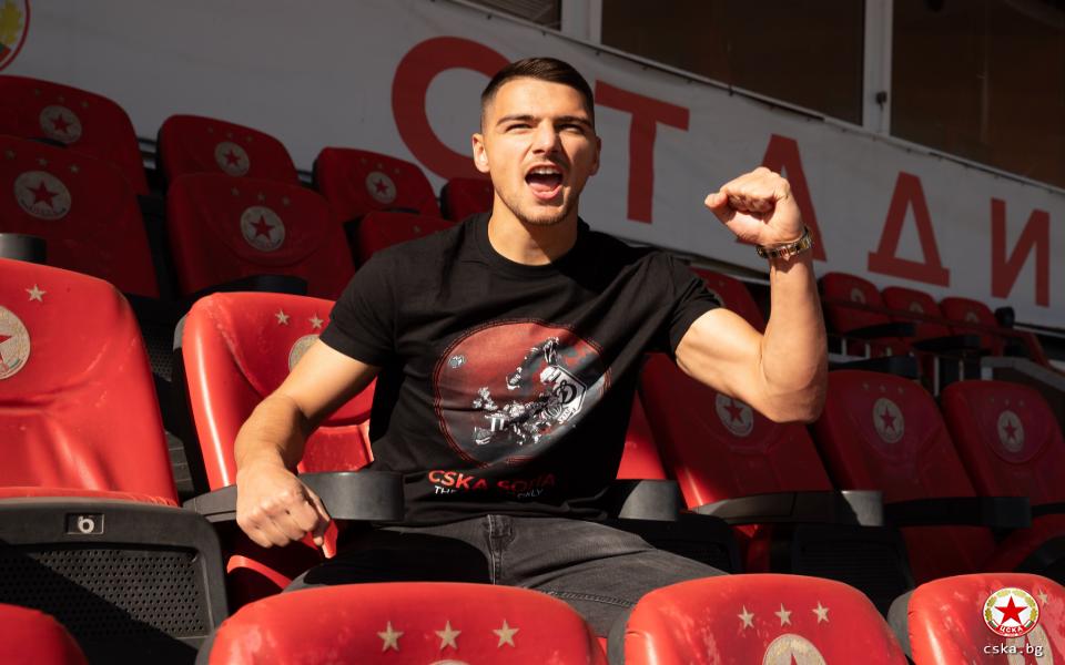 От ЦСКА пуснаха специални артикули за предстоящия мач с Клуж.