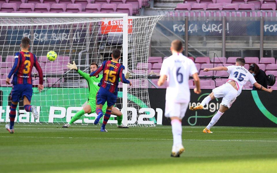 Барселона и Реал Мадрид играят при 1:1 в първото Ел