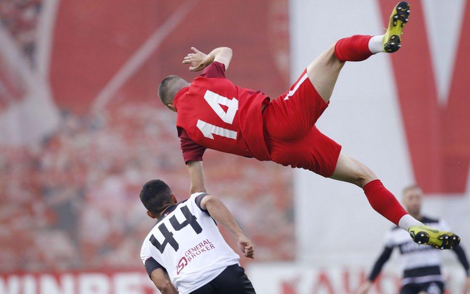 Отборите на Царско село и Локомотив Пловдив играят при резултат
