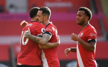 Саутхемптън нанесе първа загуба на Евертън през сезона