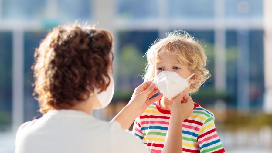 <p>Лекар обясни кое е по-опасно от COVID-19 за децата</p>