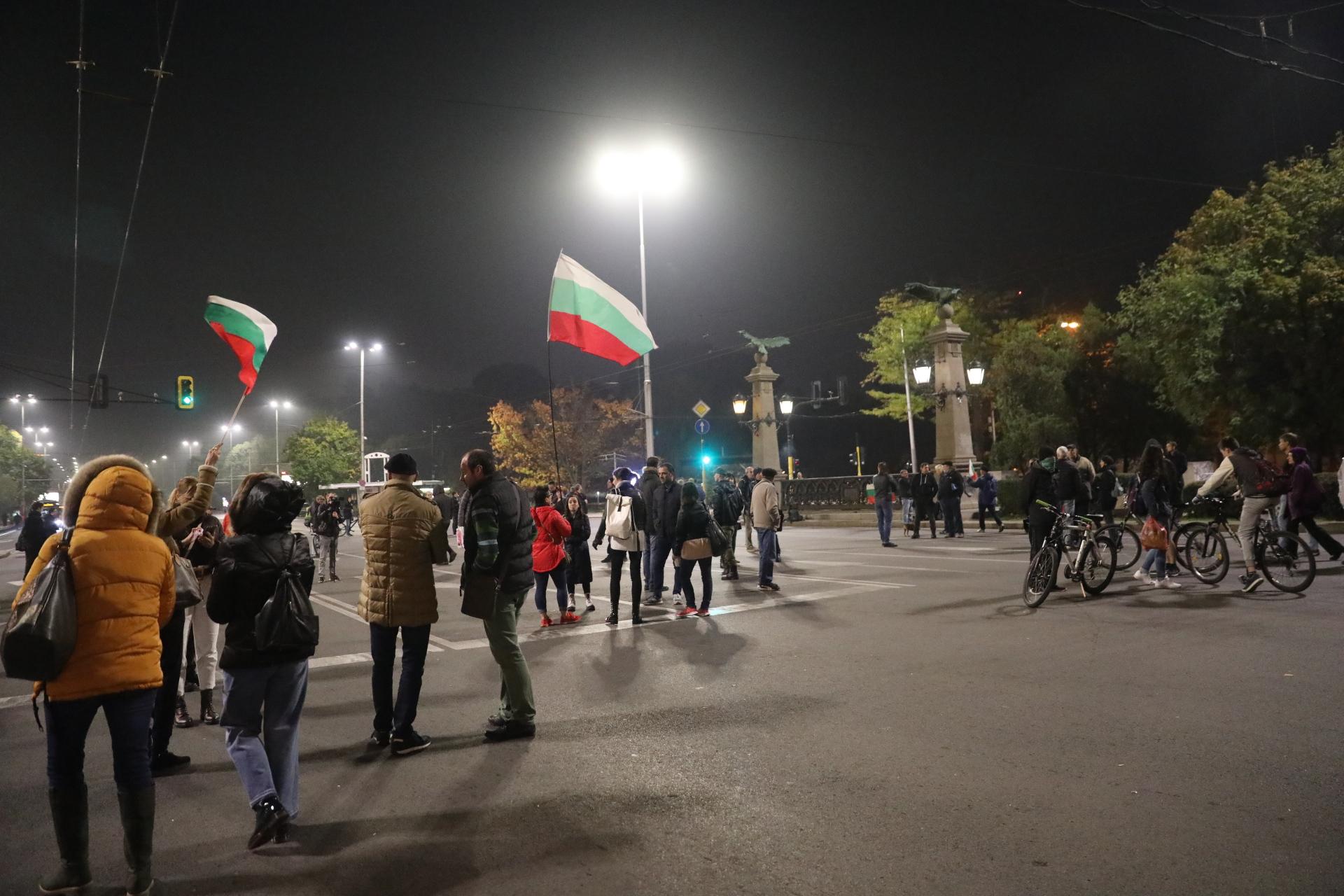 113-та вечер на протести в София