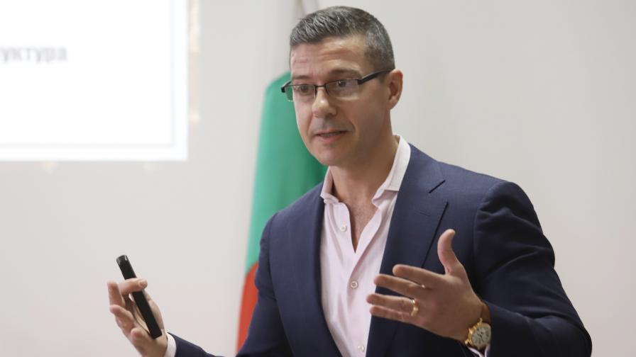 Директорът на БНР оттегля оставката си