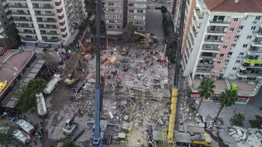 <p>Земетресението изместило Самос с 6,5 см, а Измир с 4,2 см&nbsp;</p>