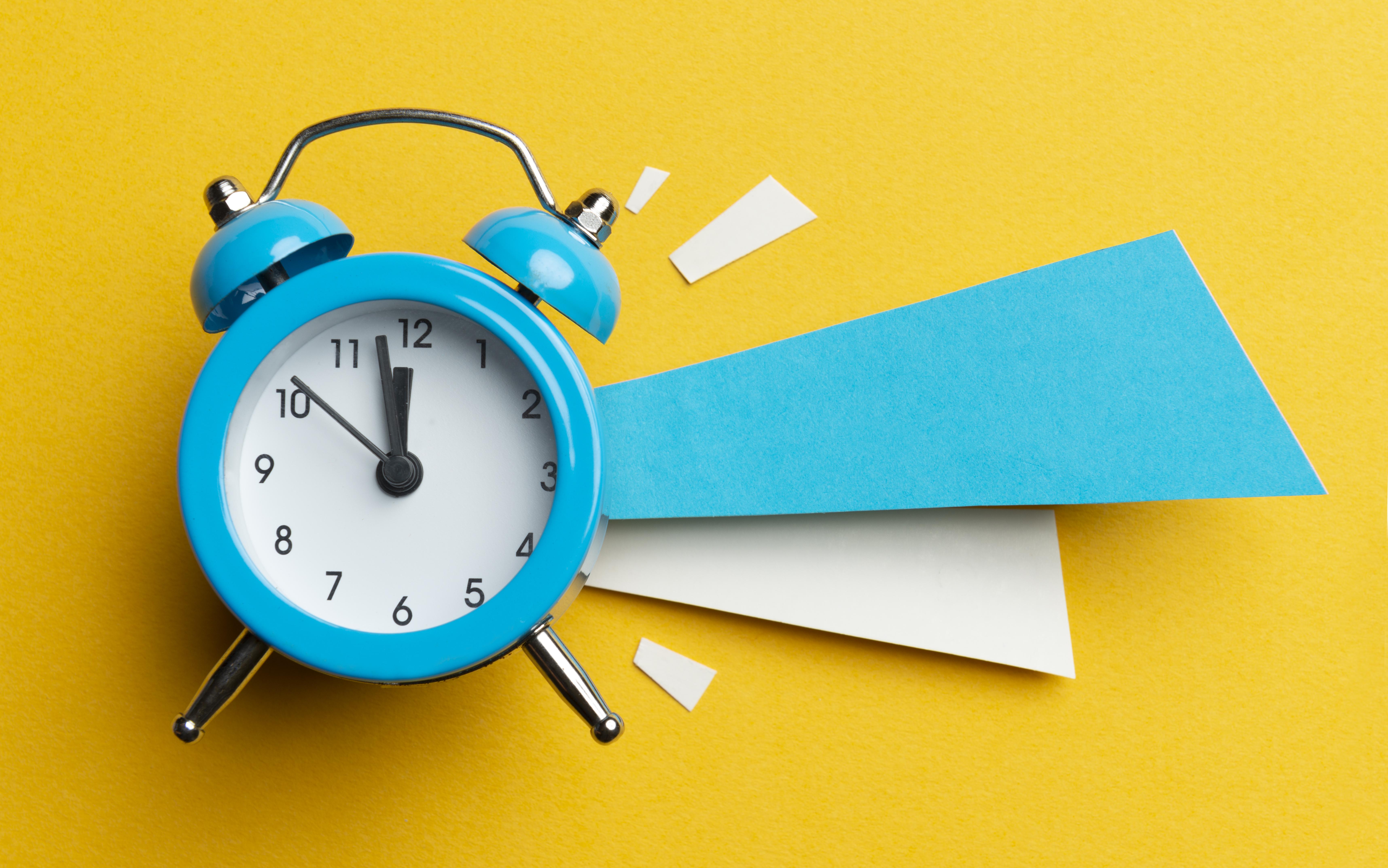<p><strong>3.Часовници&nbsp;</strong><br /> Счупен часовник може да бъде разглобен и изхвърлен, но ако все още е в изправност, по-добре е да не го изхвърляте. Това може да причини много неприятности на цялото семейство и да донесе лош късмет в дома ви.&nbsp;</p>