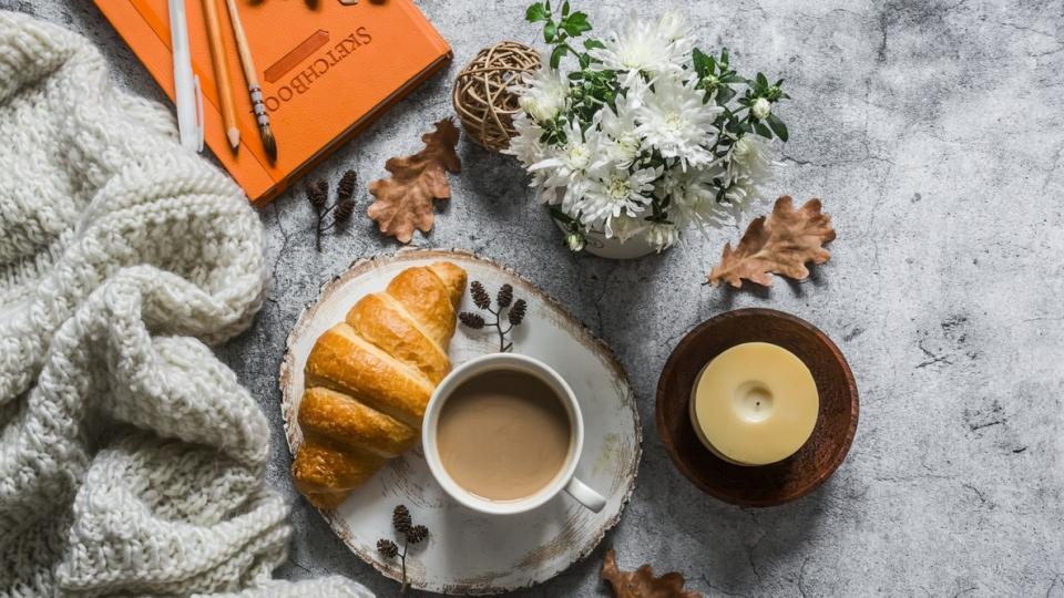 уют дом есен чай кафе сутрин