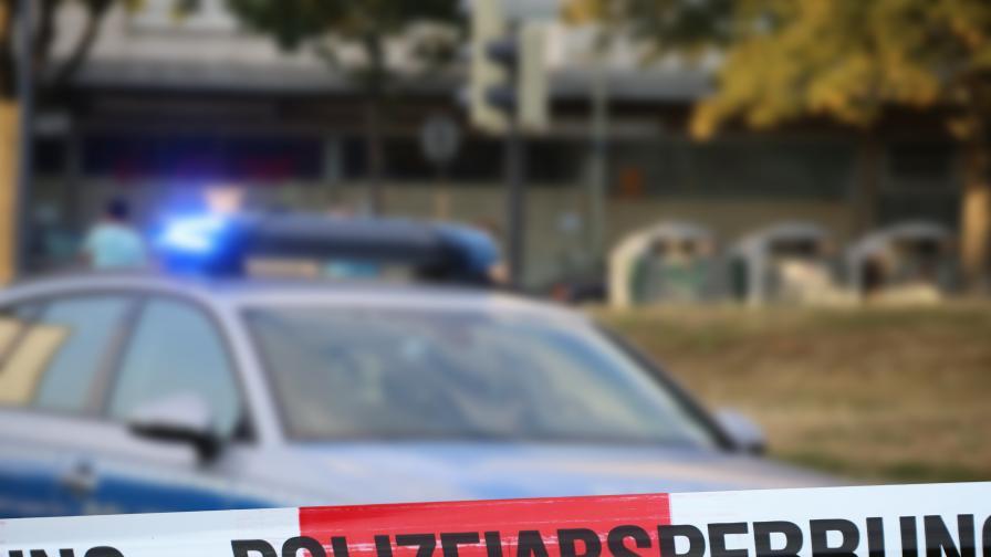 Стрелба в Швейцария. Очевидци: Двама лежат на земята