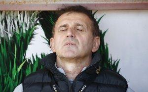 Нов в ЦСКА ограбил съотборниците си в Румъния