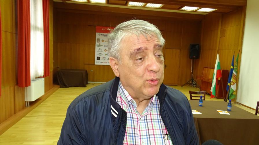 Почина д-р Емил Илиев, създателят на джаз феста в Банско