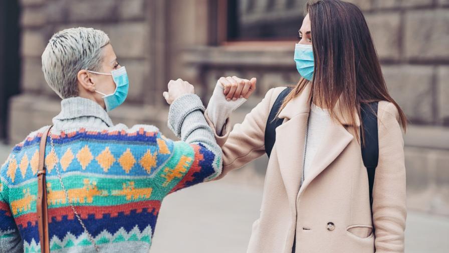 <p>Колко време болните от COVID-19 пренасят заразата</p>