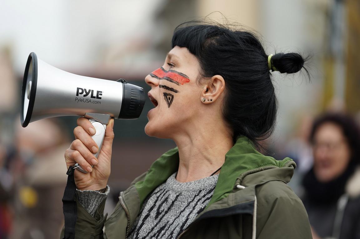 <p>Денят беше определен като &bdquo;Деня Х&ldquo; и организаторите призоваваха за блокиране на парламента.</p>