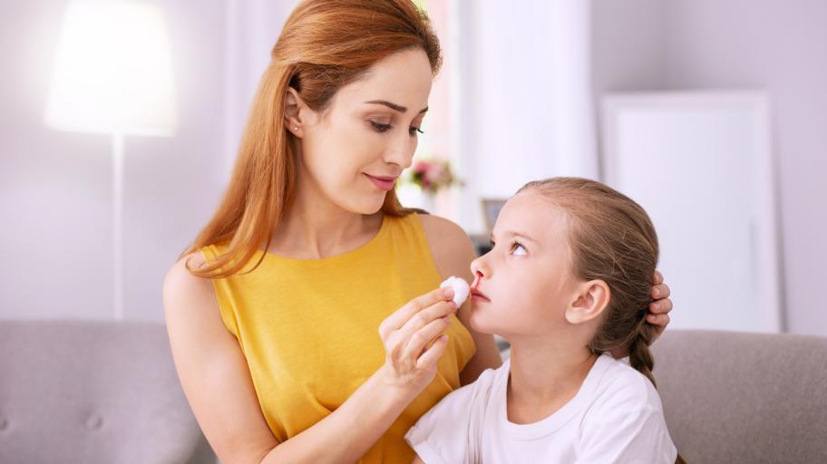 Кървене от носа при децата – причини, лечение, превенция