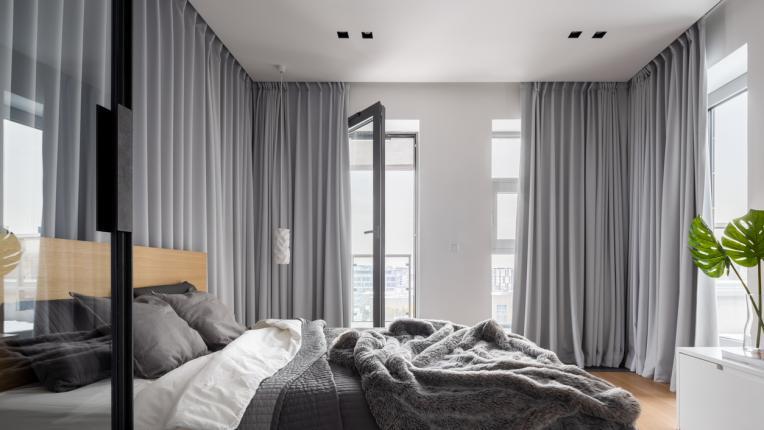 Какво значение носи цветът на завесите в дома ви