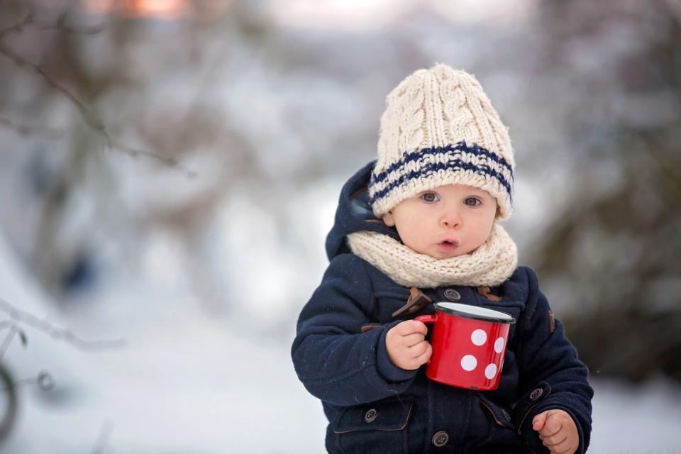 дете зима