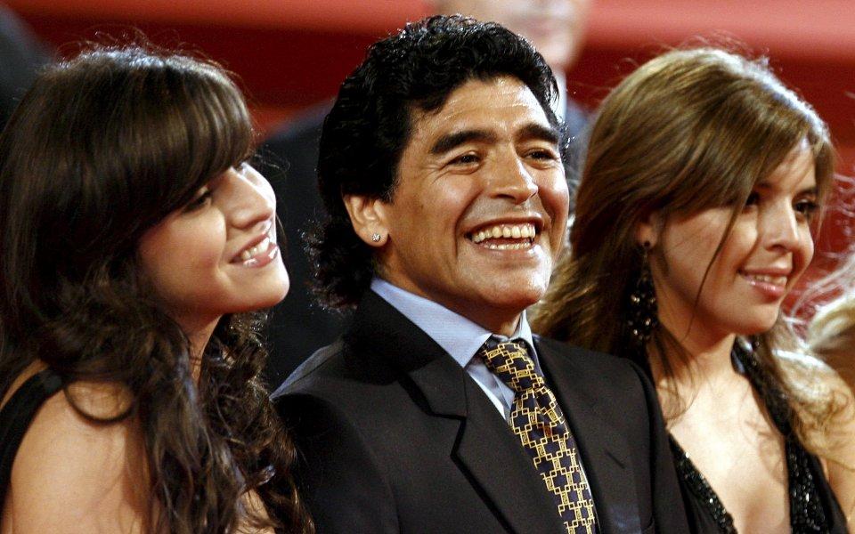 Алфредо Кайе, бившият персонален доктор на Диего Армандо Марадон, разкритикува