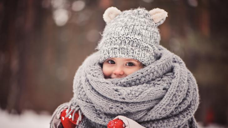 Детската настинка: първи симптоми и лечение