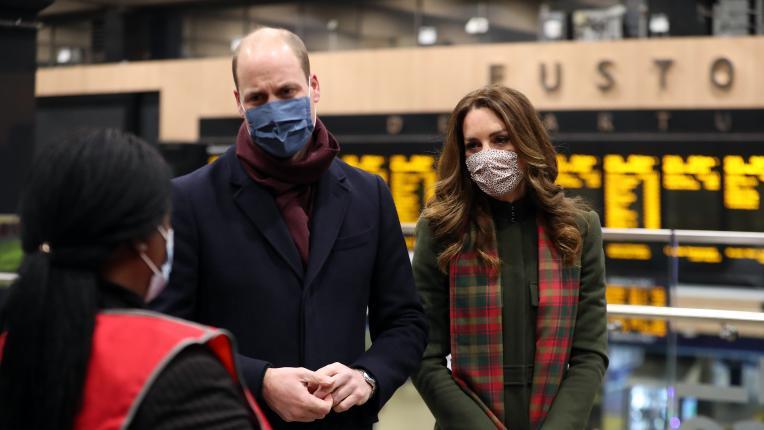Кейт и Уилям се отправят на турне с влака на кралица Елизабет