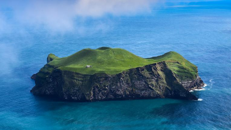 остров Исландия