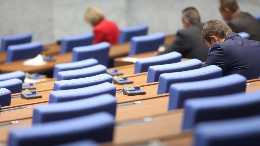 <p>БСП поиска оставката на Фандъкова заради&nbsp;загиналото от токов удар дете</p>