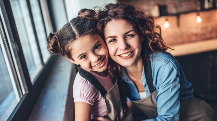 Да бъдеш леля е безценен дар! Разбери каква леля си според зодията