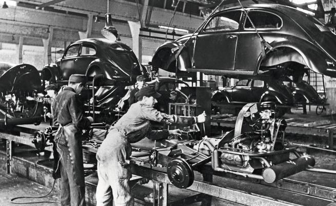 Историята на успеха на Volkswagen започва преди точно 75 години