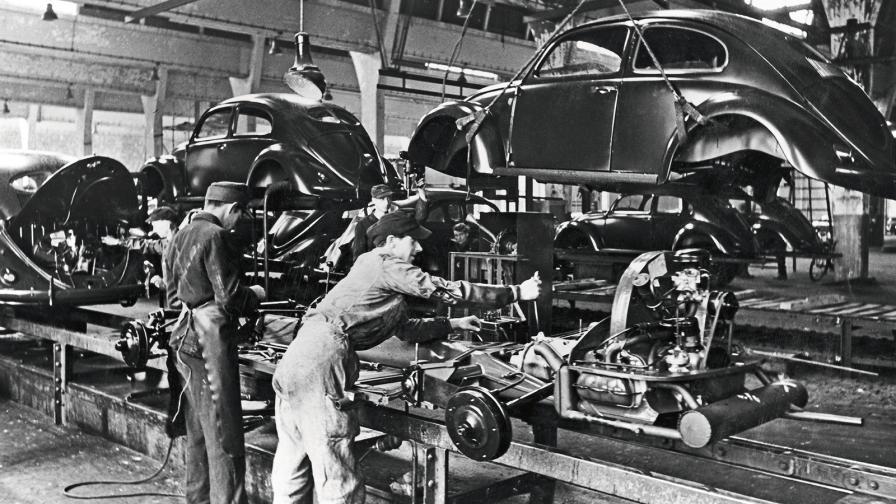 <p>Историята на успеха на VW започва преди 75 години</p>