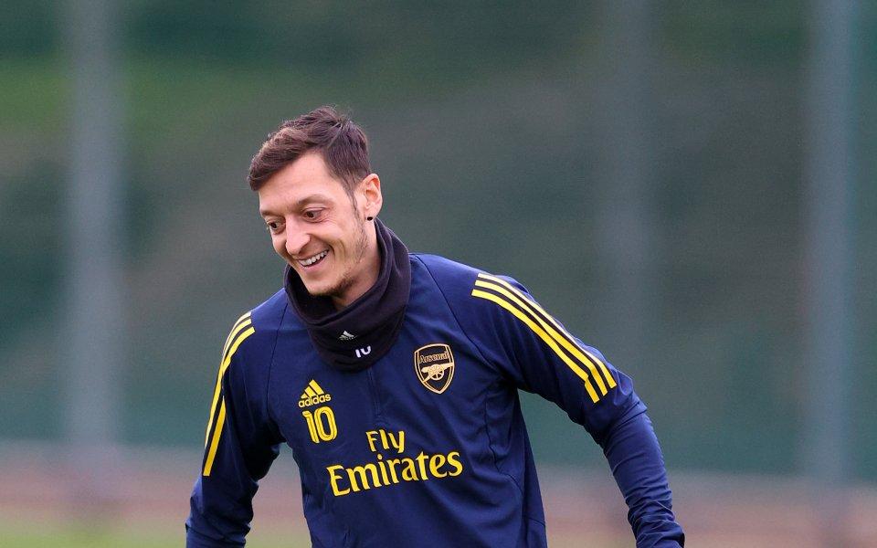 Турският Фенербахче си е осигурил договор с халфа на Арсенал