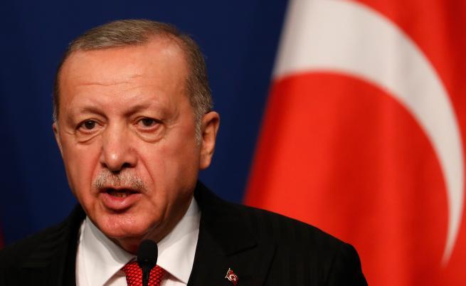 Сложната игра на Ердоган със САЩ