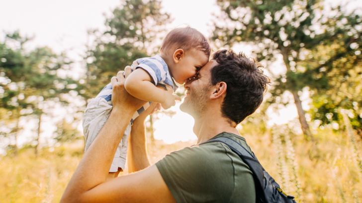 """""""Децата казват """"обичам те"""", без да се плашат, че е прекалено рано, че не си готов да го чуеш или че ти го казват първи"""""""