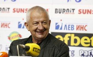 Крушарски към ЦСКА: Елате да вземете Алмейда! Не знаете кой стои насреща